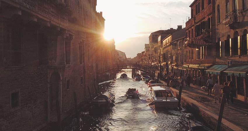 venetia,vacanta,zbor,ieftin,avion,bilet,cazare,italia,travelator