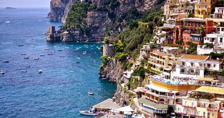 zbor,bilet,avion,ieftin,vacanta,cazare,sorrento,italia,travelator