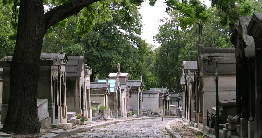 pere lachaise, paris,locuri,ratis,travelator, trips&tricks