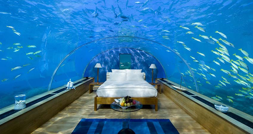 rangali,maldive,conrad,travelator
