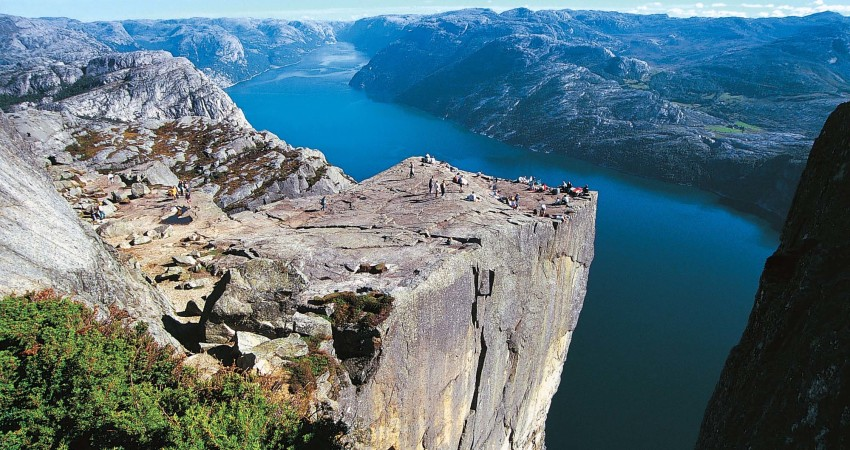 zbor,bilet,avion,ieftin,vacanta,cazare,tur,norvegia,travelator