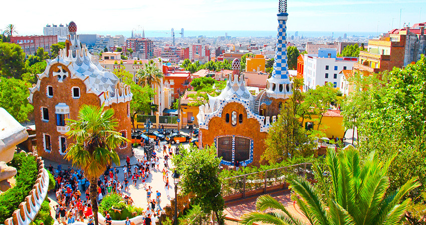 zbor ieftin barcelona, cazare ieftina, vacanta ieftina barcelona, barcelona, spania, city break, travelator.ro, diy, pont calatorie