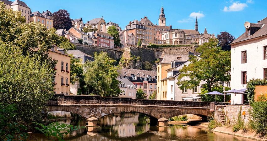 zbor ieftin, cazare ieftina, city break, vacanta ieftina, travelator.ro, luxemburg
