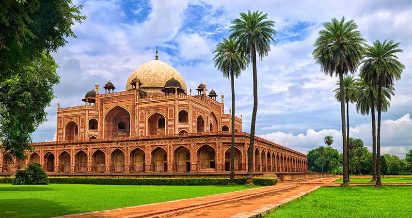 zbor ieftin, new delhi, india, travelator.ro, diy