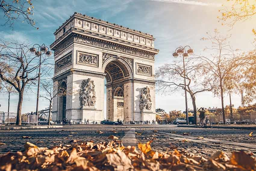zboruri si vacante ieftine, travelator.ro, paris, franta, ce sa nu ratezi, ce sa nu ratezi in paris, ghid travelator, zboruri low cost, ponturi vacante