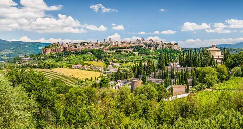 zboruri ieftine, vacante ieftine, zboruri si vacante ieftine, travelator.ro, ponturi vacanta, city break ieftin, city break italia, city break umbria, umbria, orvieto, perugia, zboruri low cost, vacante ieftine 2017