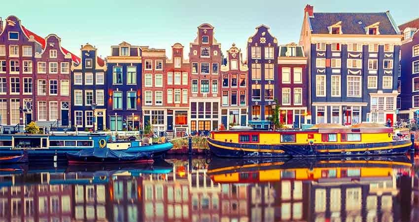 zboruri si vacante ieftine, ghid travelator, ghid amsterdam, amsterdam, olanda, ce sa nu ratezi, ce sa nu ratezi in amsterdam, ponturi vacanta, calatorii, travelator.ro